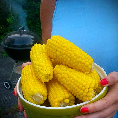 corn on the cob photo
